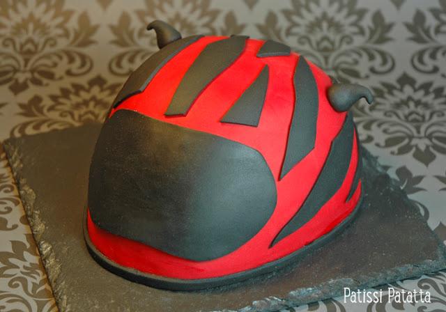 cake design, pâte à sucre, gâteau au citron, helmet cake, gâteau 3D, gâteau rigolo,