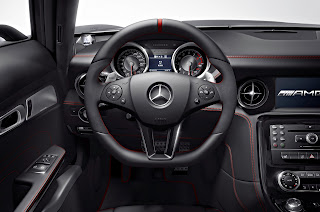 2013 Mercedes-Benz SLS AMG GT ups the supercar stakes