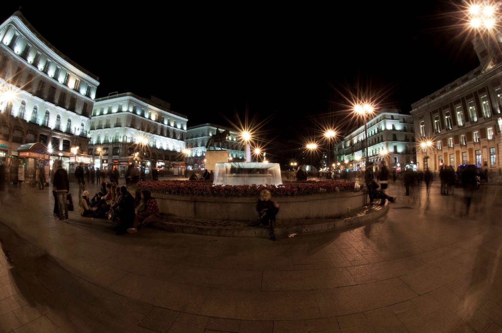 Night photopraphy madrid anca bejinaru for Puerta del sol santiago