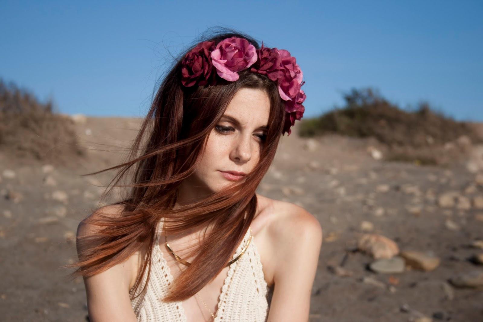 Boho-style-verano-outfit-corona-flores