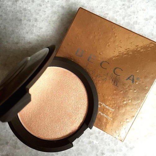 Becca-Cosmetics-Shimmering-Skin-Perfector-Pressed-Highlighter-Champagne-Pop-Collab-Jaclyn-Hill -#BeccaxJaclynHill.PNG-3
