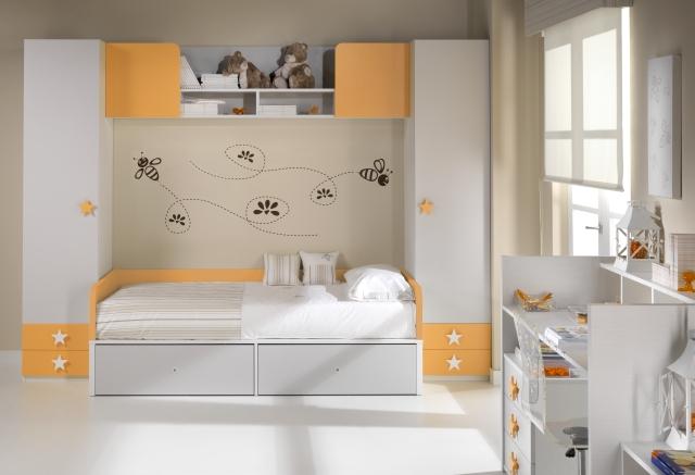 Decorare la cameretta dei bambini adesivi da muro mobili ros - Decorare la cameretta ...