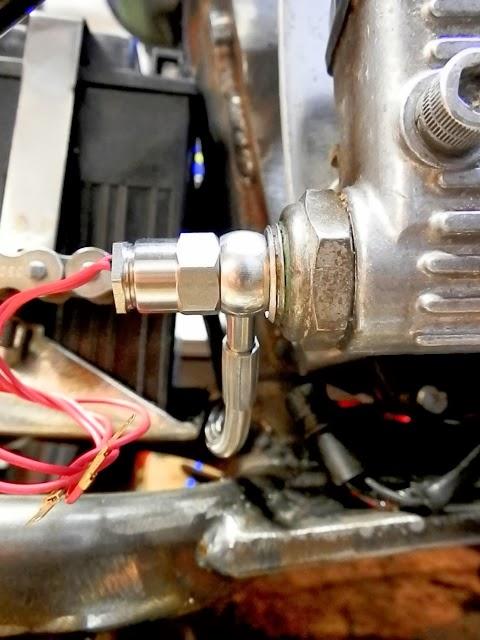 Harley Davidson Sportster 1990, bobber - Page 3 PC050168