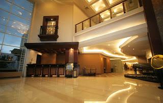 Lobby Hotel Yang Nyaman