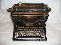 Manual Underwood Typewriter