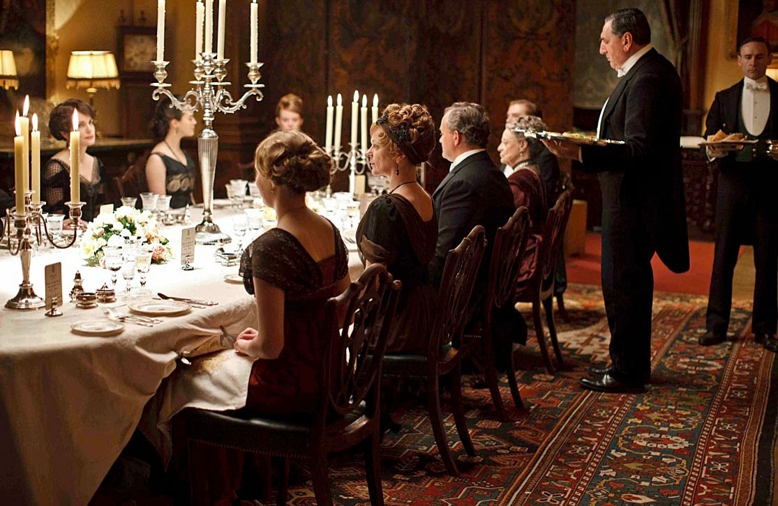 Downtons Etiquette Errors Give Countess The Vapours Stately Home Hostess Reveals Blunders In Period Drama Dining Scenes
