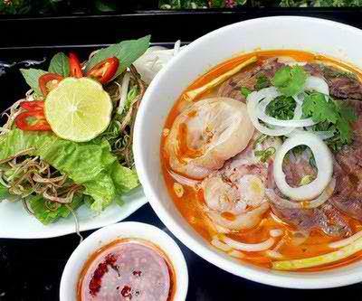 4 quán bún bò Huế ngon ở Hà Nội, am thuc ngon, ha noi am thuc, diem an uong, mon an vat, quan an vat, dia diem an uong, diemanuong365, sai gon am thuc, mon xoi ngon, mon ngon de lam, mon ngon cuoi tuan