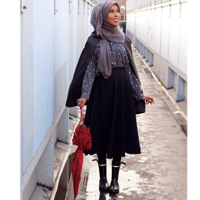 Hijab Fashion Style With Midi Skirt Ala Basma Kahie