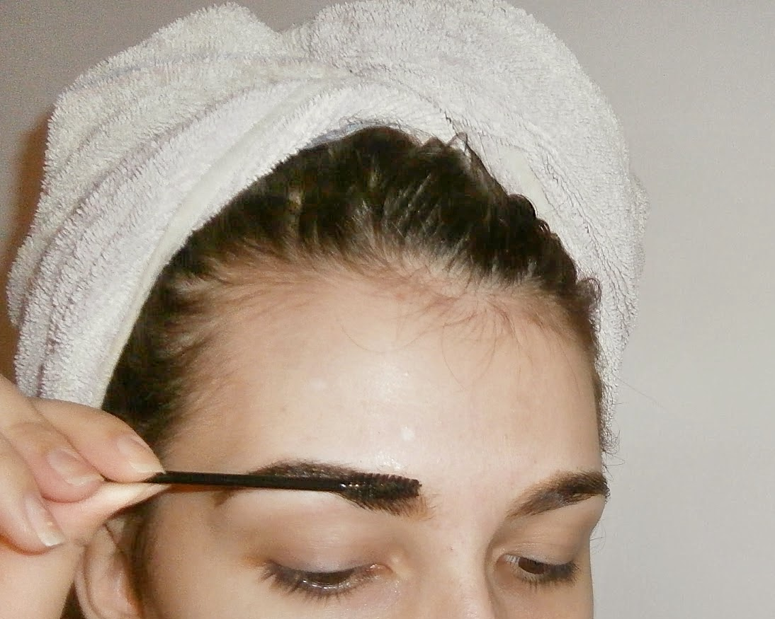 Brows coloring 101 | BEAUTY FINE PRINT