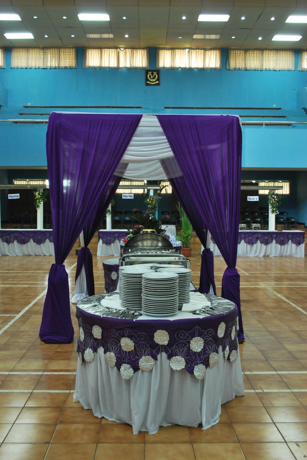 kekuatan warna ungu di dekorasi pernikahan forever