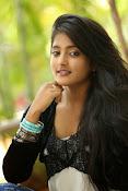 Ulka Gupta glamorous photos-thumbnail-18