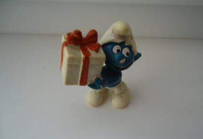 Present Smurf Figure Peyo West Germany Bully