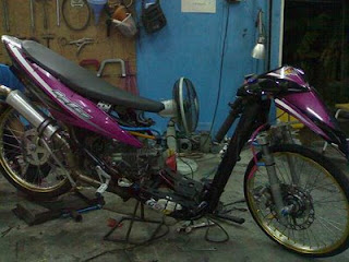 Wallpaper Motor Drag Tercepat