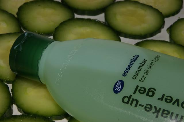 Boots Essentials Cucumber Eye Make-Up Remover Gel