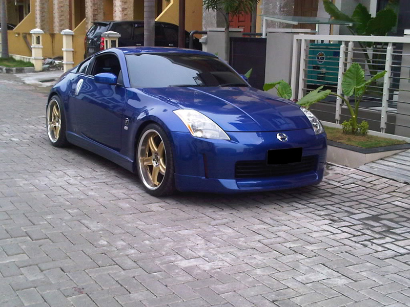 mobil nissan 350z modified