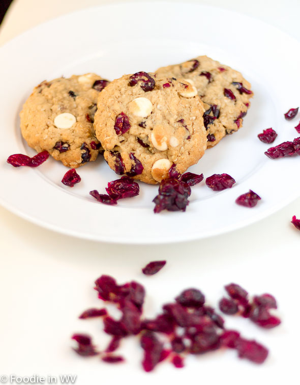 Oatmeal Cranberry White Chocolate Chunk Cookies - http://www ...