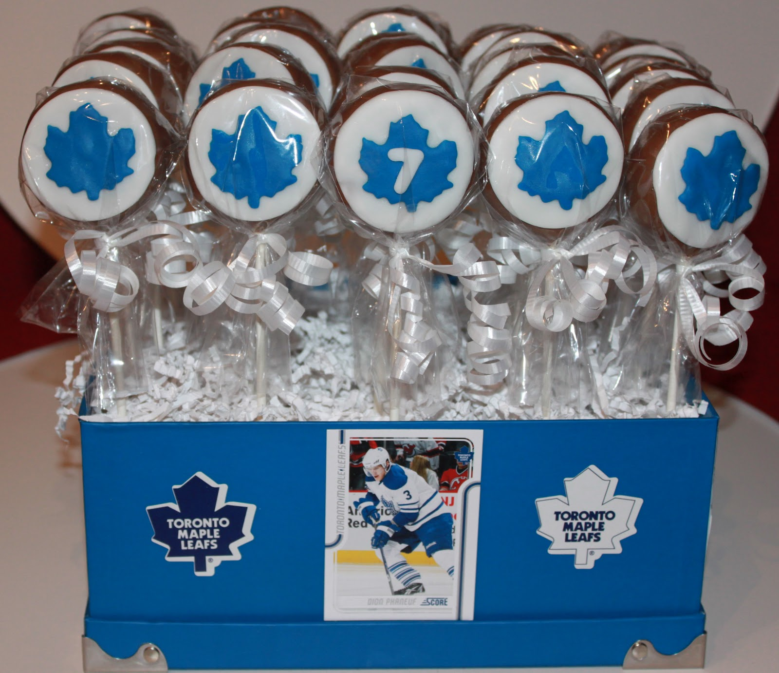 The Cake Bomb Cake Pops For All Occasions Tml Hockey Pucks