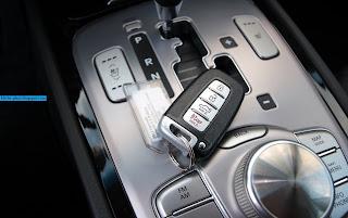 Hyundai veloster car 2013 key - صور مفاتيح سيارة هيونداى فيلوستر 2013
