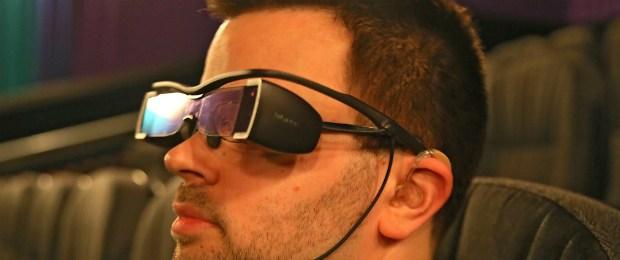 Reclamação pelas redes sociais: óculos para cegos ouvirem audiodescrição nos cinemas