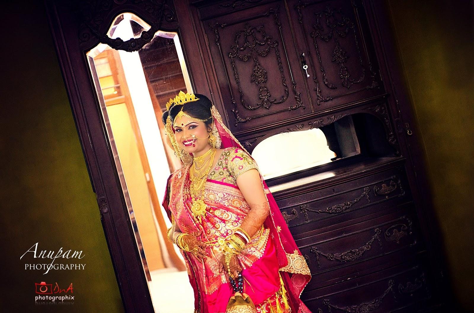 "Reception Drape: Attire for ""Bou Bhat"" - Elegant Eves"