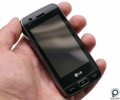Cần bán điện thoại LG gt505 cũ, đầy đủ kết nối 3G WIFI, màn hình cảm ứng với 2 camera trước và sau, camera sau 5.0 tự động lấy nét, chụp ảnh ngon lành. Máy đã kiểm tra mọi tính năng hoạt động tốt, cảm biến xoay, wifi 3g khỏe, 2 camera đều chụp ảnh nét, nghe gọi to rõ, cảm ứng nhạy, máy còn khá đẹp, bạn xem ảnh chụp máy ở dưới.  Giá: 700.000 (máy, pin, sạc, tai nghe, bút cảm ứng) Liên hệ: 0904.691.851 LG GT505 giá 700k   Bán điện thoại cảm ứng 3G wifi gps camera nét 5.0 giá rẻ tại Hà Nội