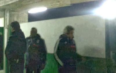 Jorge Jesus foi ao balneário durante o intervalo no Rio Ave - Benfica