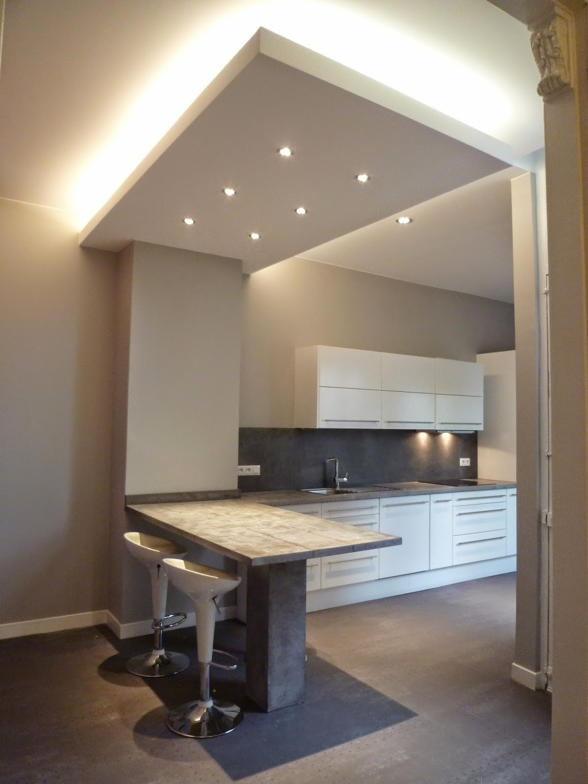Jacques lenain architecte lille renovation d 39 une maison a for Eclairage faux plafond cuisine