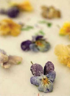 Crystallized icing flowers