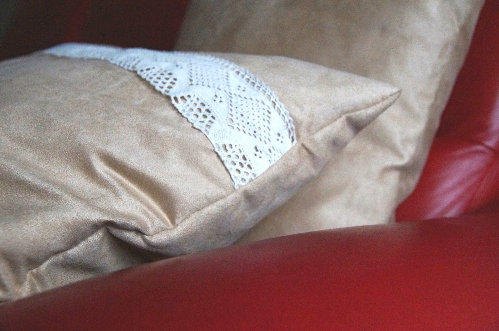 Jak szybko uszyć poszewkę na poduszkę zapinaną na zamek