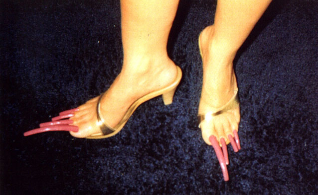 Real Long Toenails Submited Images