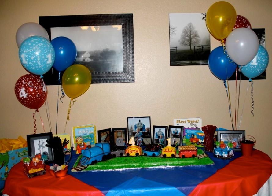 Tren thomas fiestas infantiles party ideas decoracion - Decoracion party ...
