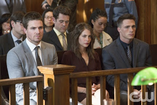 Arrow-S02E07-State-vs-Queen-Oliver-Thea-Roy