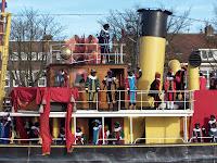 Sint op de boot met pieten