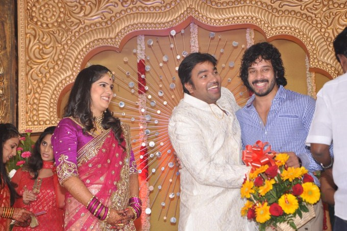 Actor Shiva reception photos