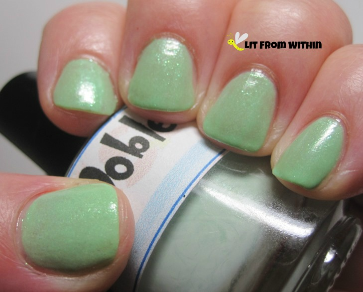 LynBDesigns Oobleck, a pretty mint with a subtle shimmer