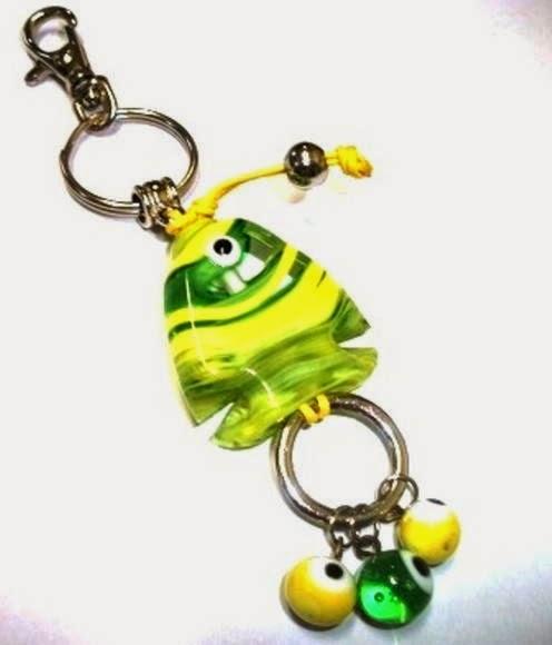 http://www.elo7.com.br/chaveiro-peixe-verde-e-amarelo/dp/B5E5E