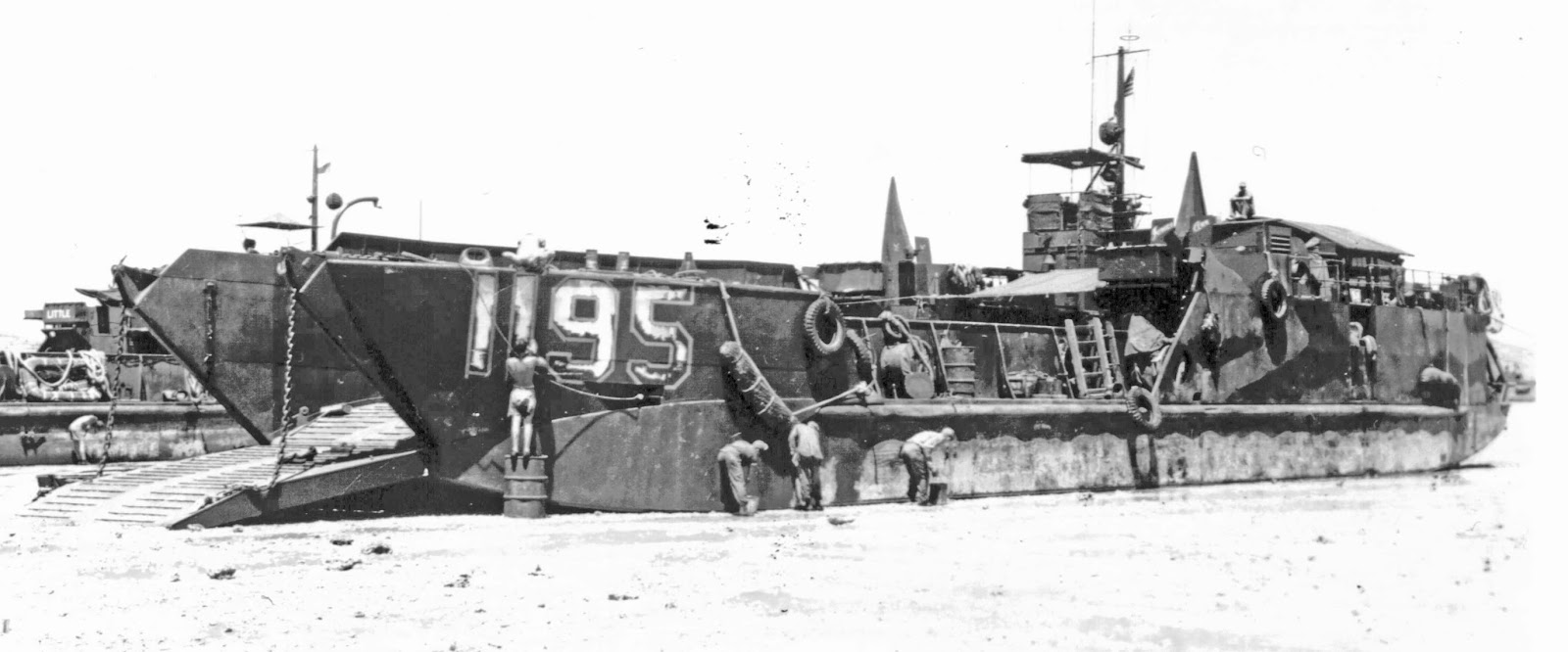 lct 1 Landing craft, tank - lct(6) most recent update: may 4, 2015 a total of 1,435 landing craft, tank, or lcts, were built in wwii by 5 shipyards and 8 steel fabricators.