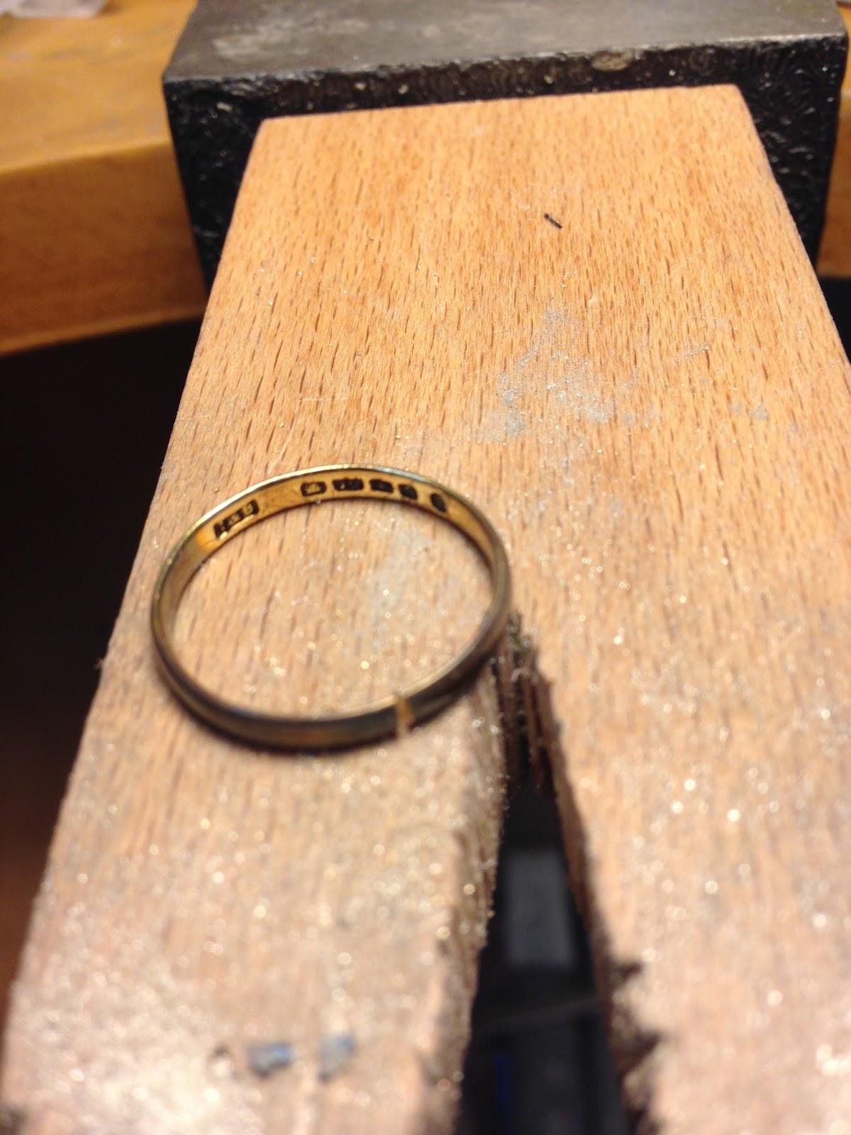 Wedding ring resizing manchester