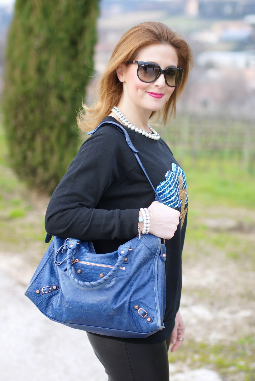 Balenciaga city bag blue, Luca Barra collana perle, sunglassesshop italia ray-ban cat eye sunglasses, Fashion and Cookies fashion blog, fashion blogger