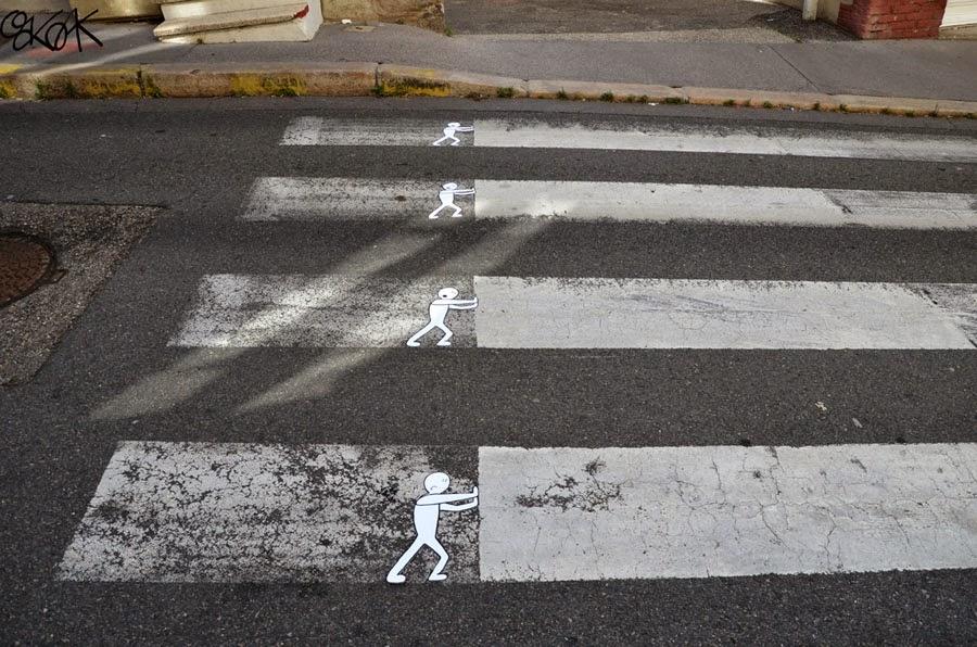 06-Poussons-Push-OakOak-Street-Art-Drawing-in-the-City-www-designstack-co
