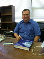 Montgomery Catholic Preparatory School's Dr. Joe Profio receives Teacher Leadership Award from Auburn University 1