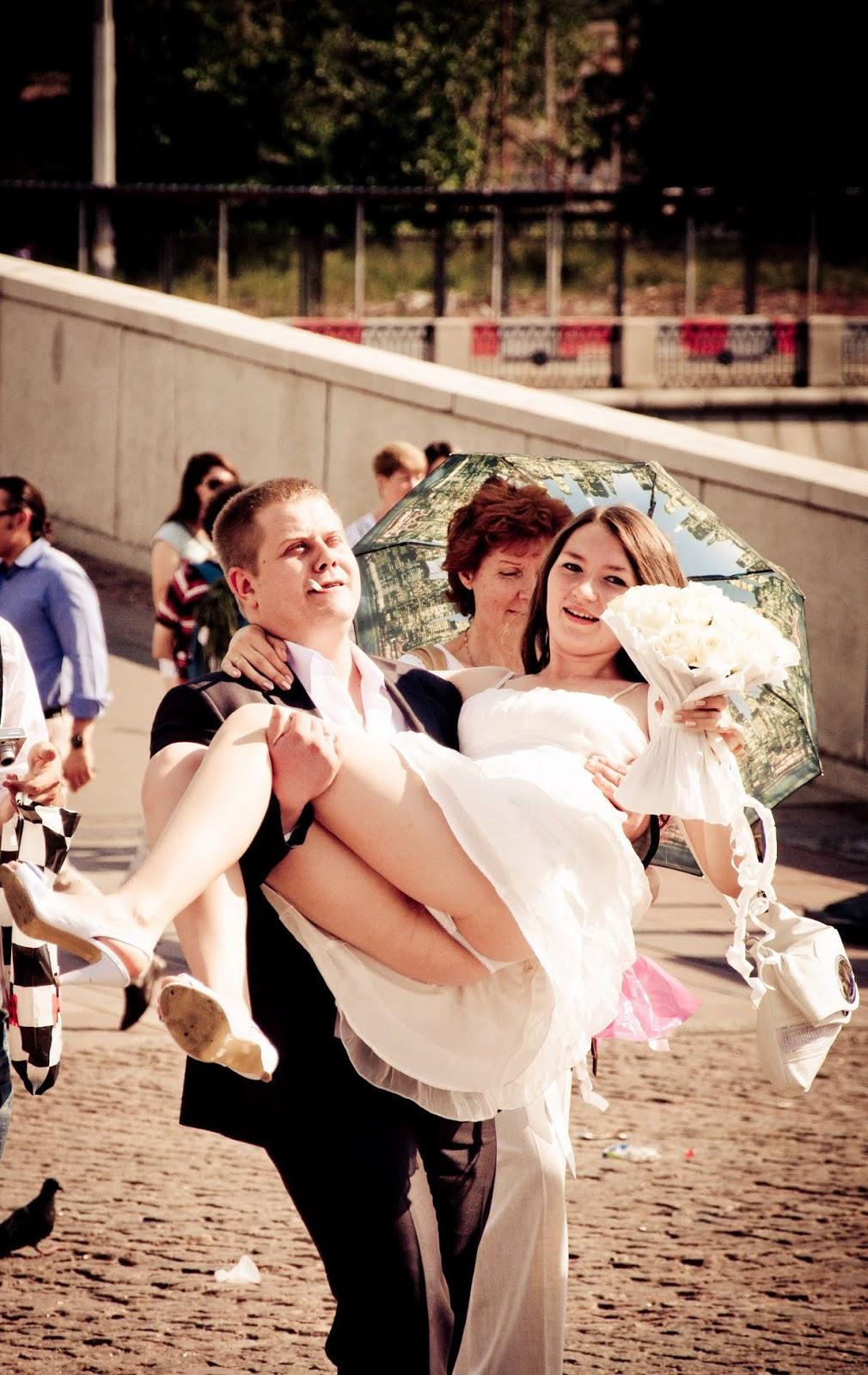 White Panty Happy Bride | Amateur Upskirt: amateur-upskirt.blogspot.com/2013/04/white-panty-happy-bride.html