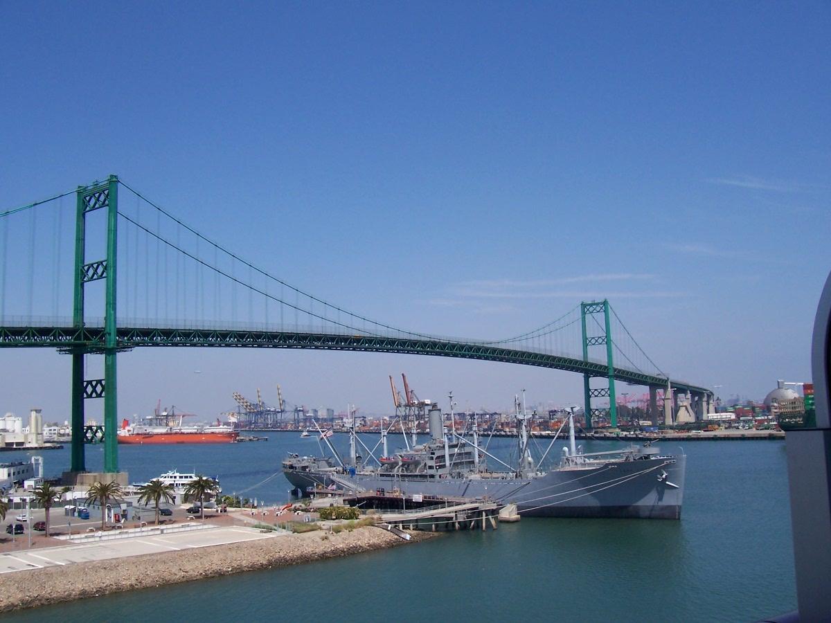 http://1.bp.blogspot.com/-V06jt7w8-gs/UDHlzKkhSNI/AAAAAAAAAA0/hI7fxmBl6jw/s1600/Vincent_Thomas_Bridge.jpg