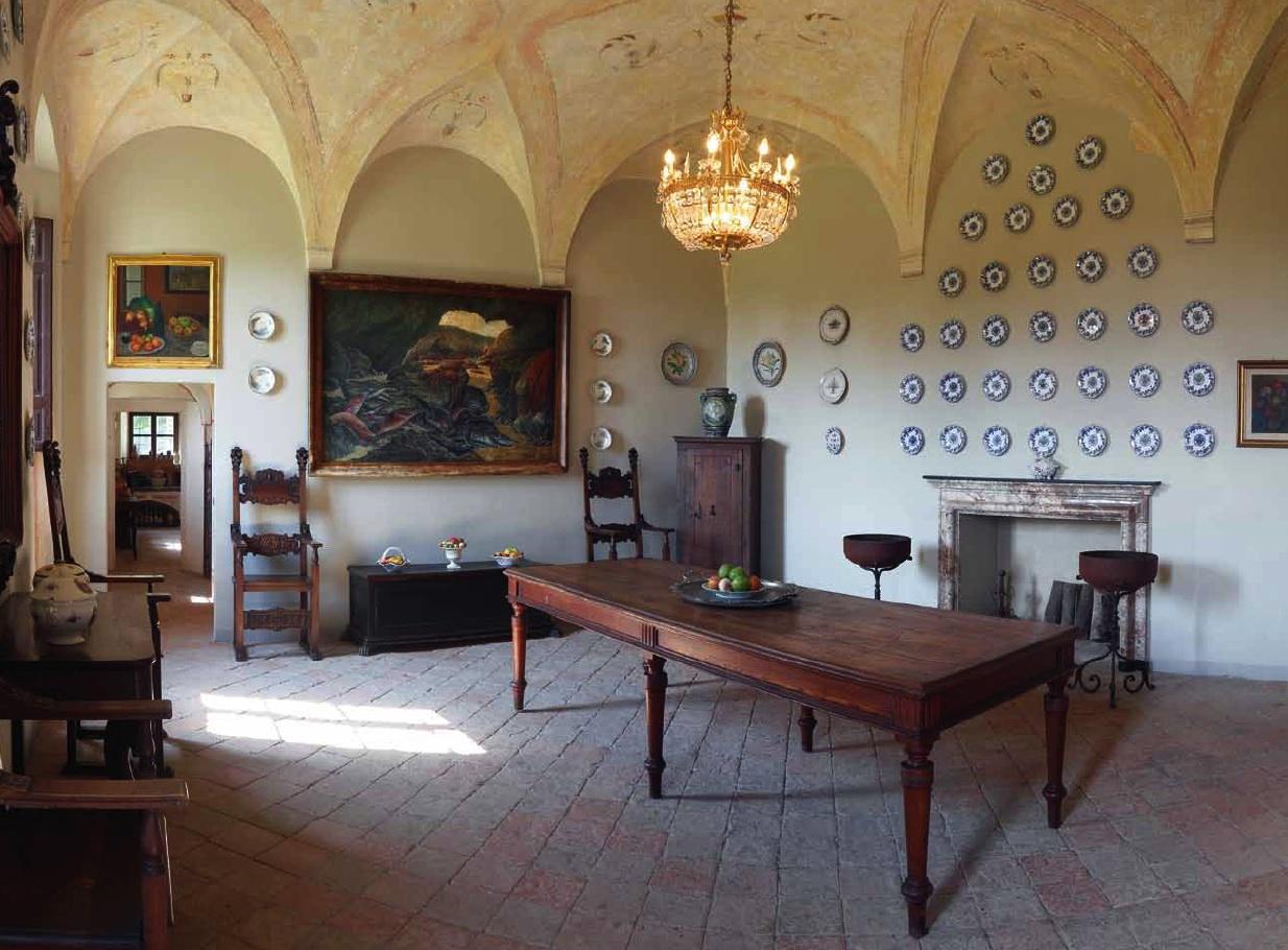 Marta Tra I Fiori: Al Castello Di San Pietro Fiesta Per L'estate #8D763E 1234 910 Sala Da Pranzo Open Space