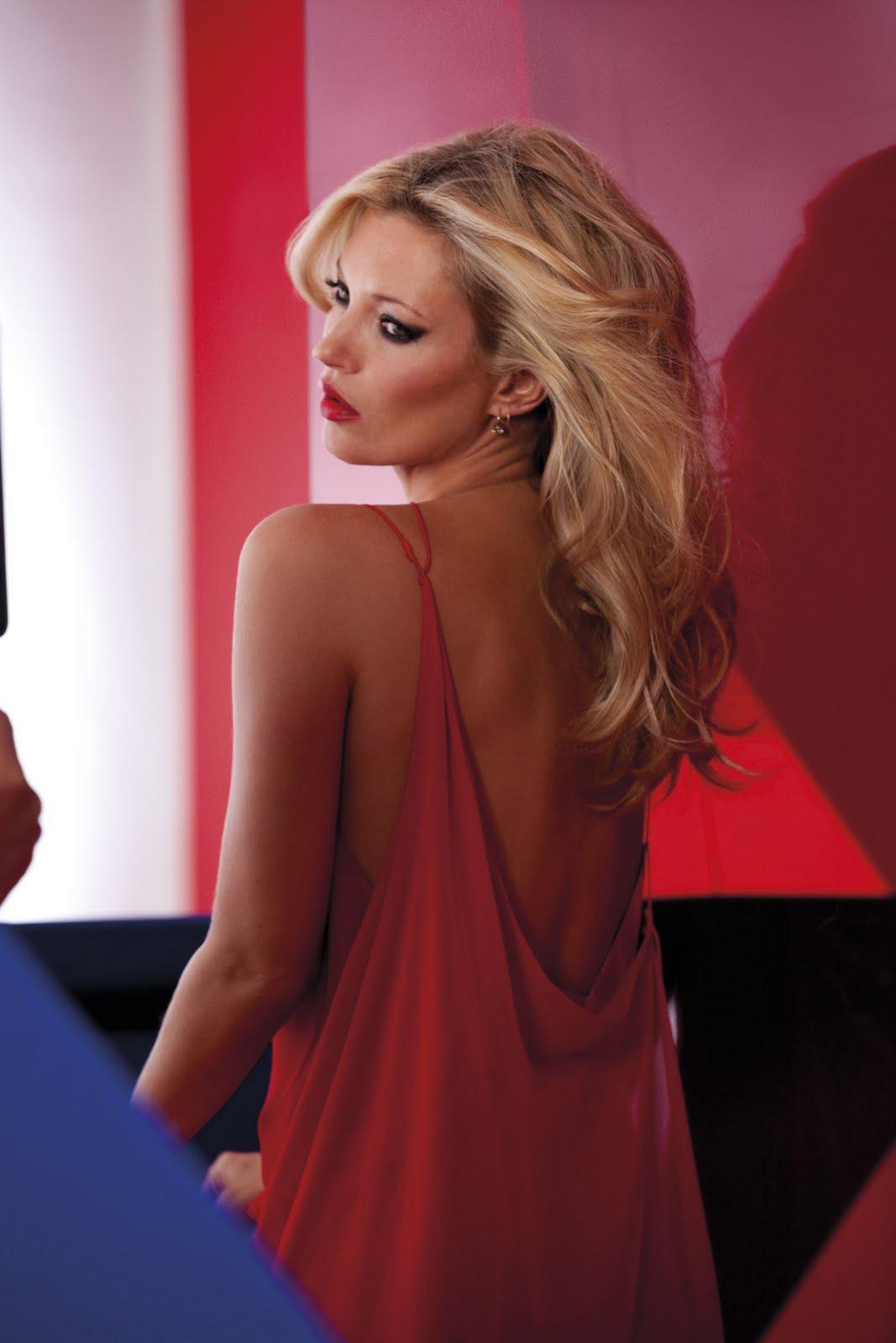 http://1.bp.blogspot.com/-V0R0vU8qXJU/Tm99v1ZU-aI/AAAAAAAABkE/NFdpGSbKw2U/s1600/Kate_Moss_over_shoulder.jpg