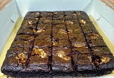 Snickers Brownies @ RM45(7x9)