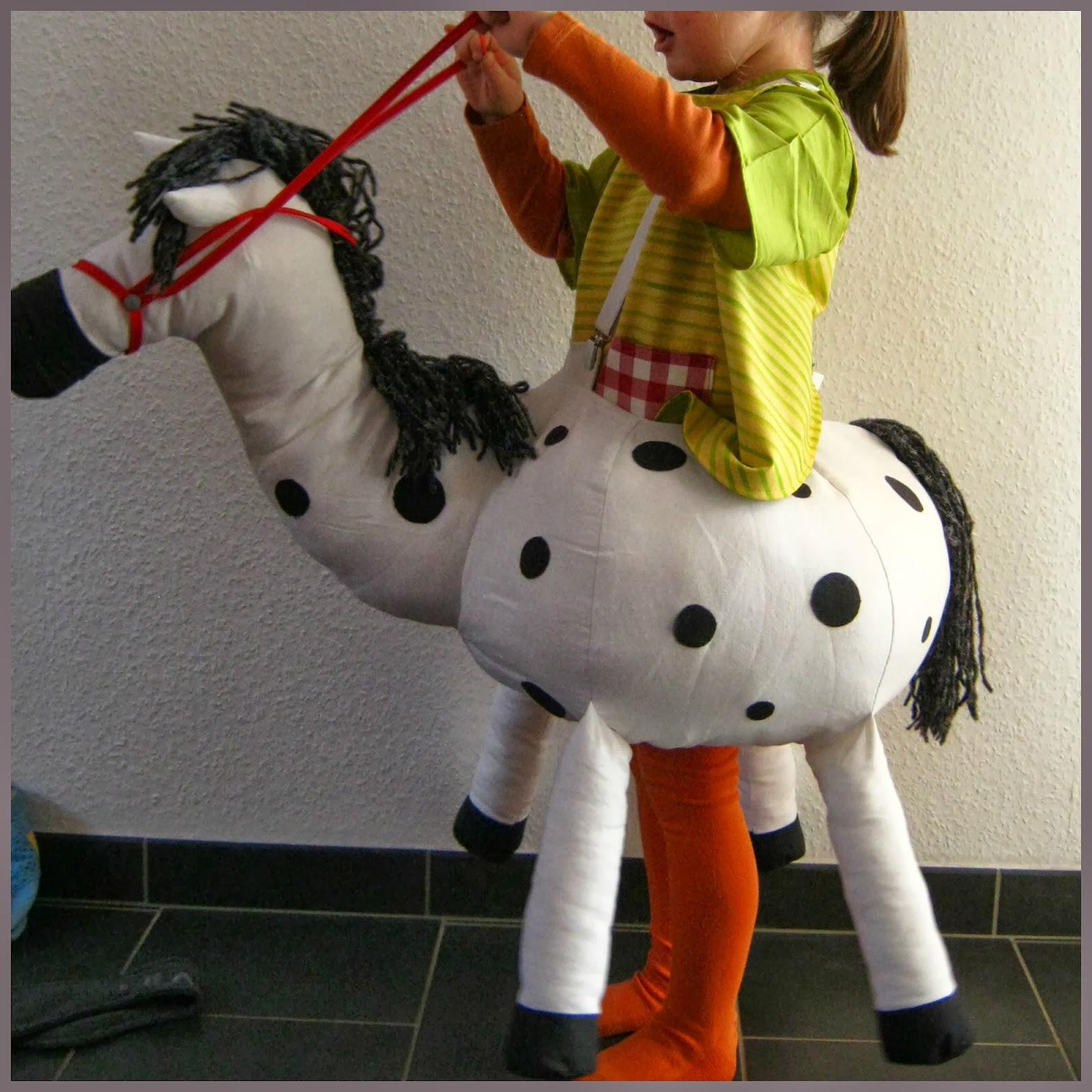 Hannas Hosenträgerpferd