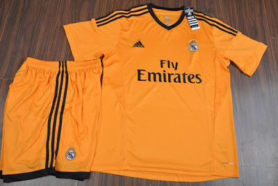 Foto Seragam Jersey Ke 3 Real Madrid Away 2014 Foto Kostum Jersey Real Madrid Terbaru 2013 2014