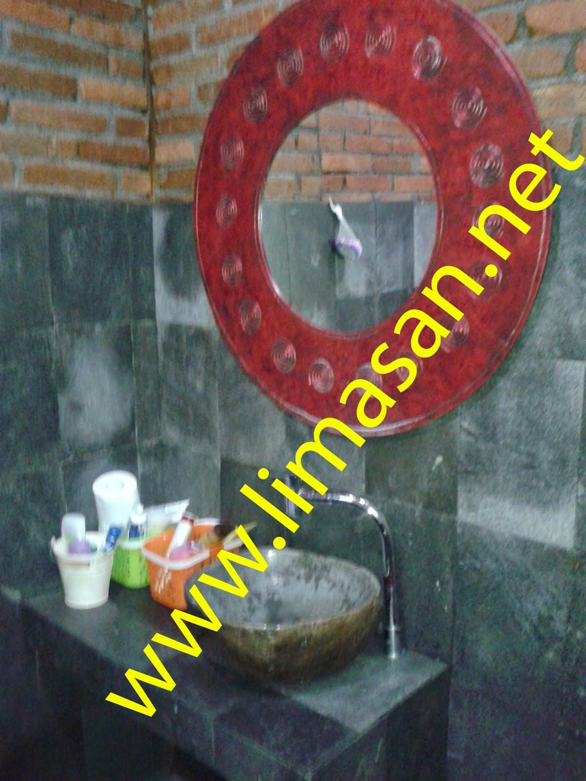 kamar mandi limasan
