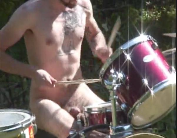 xxx naked female drummers